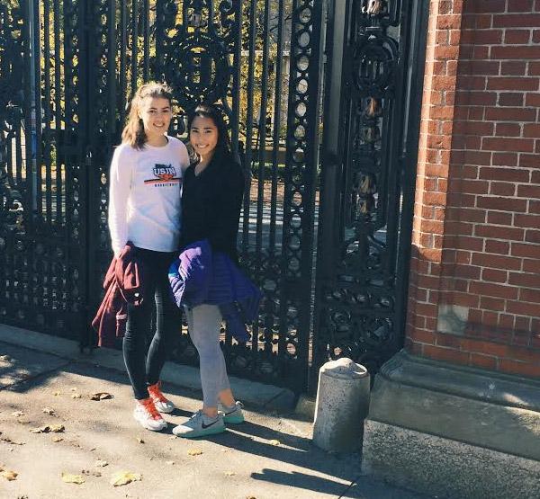 Studentka ročního středoškolského programu v USA a basketbalový talent Julie Pospíšilová v Americe oslnila – dostává univerzitní nabídky na stipendium!