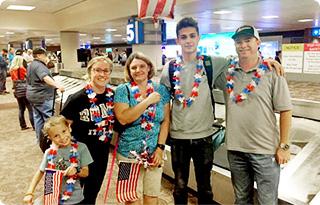 přivítáni s rodinou v USA